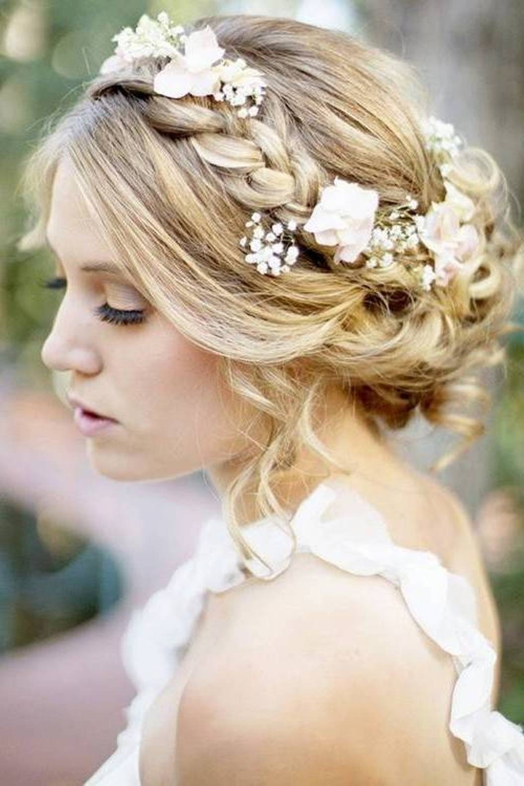 Wedding hairstyle up with veil long hair wedding hairstyles with wedding hairstyle up with veil long hair wedding hairstyles with tiara best hairstyle 2017 junglespirit Image collections